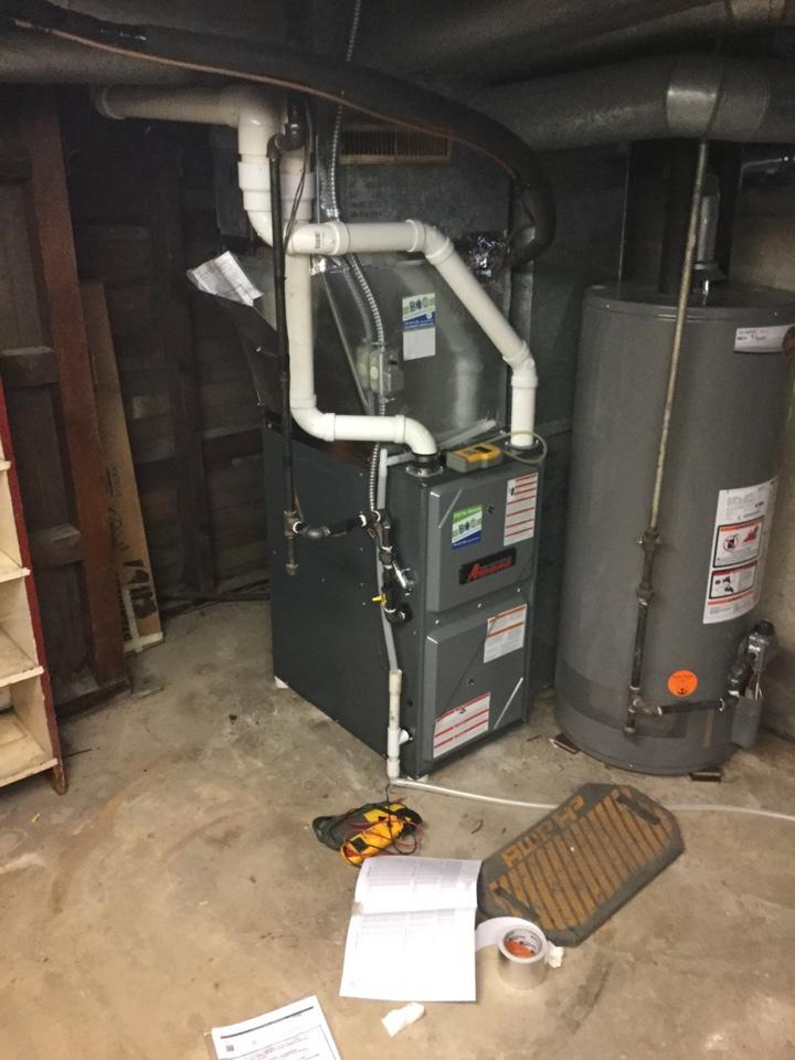 Newton, IA - Carrier furnace replace Amana
