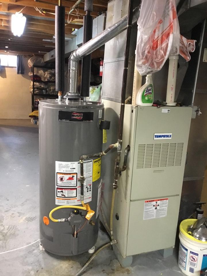 Mitchellville, IA - Ruud water heater installation