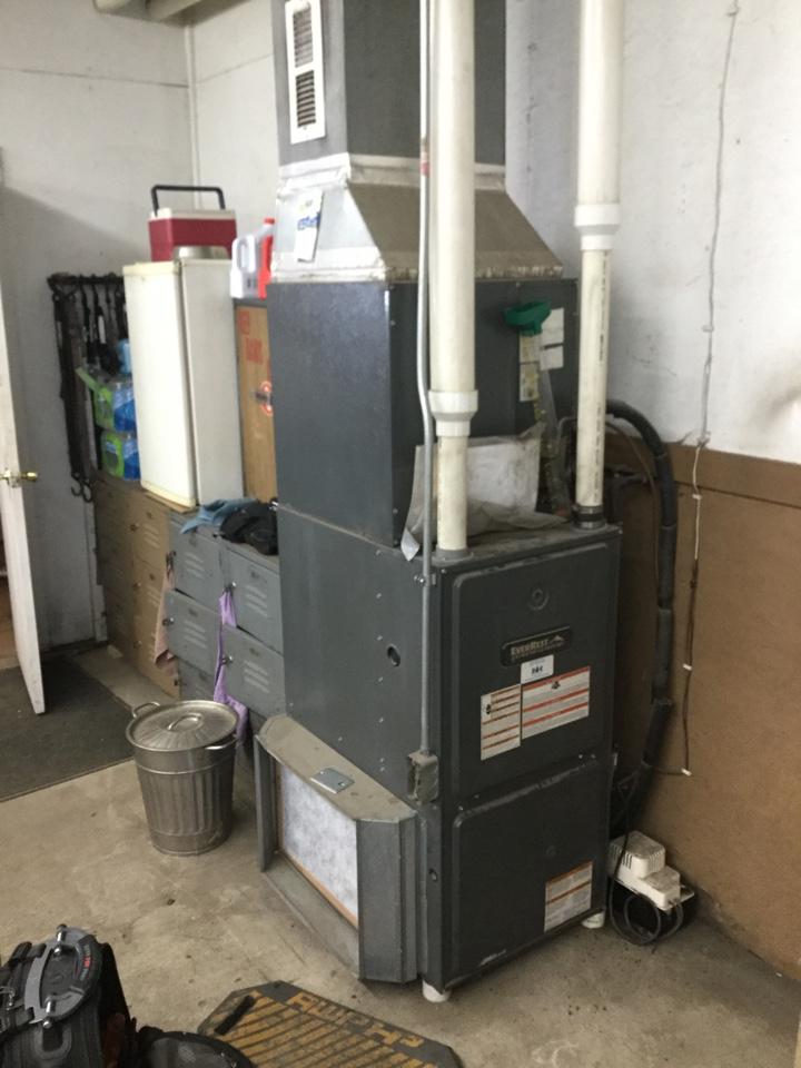 Kellogg, IA - EverRest furnace repair