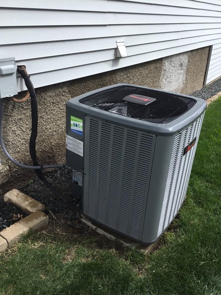 Newton, IA - Amana air conditioner maintenance no repair