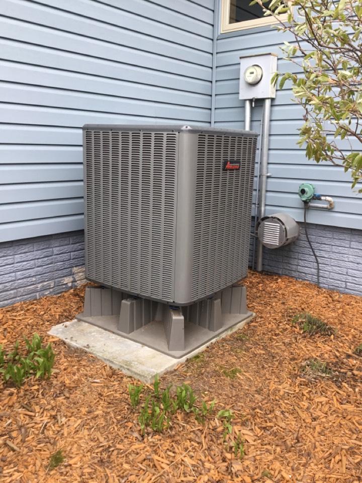 Colfax, IA - Amana heat pump maintenance no repair
