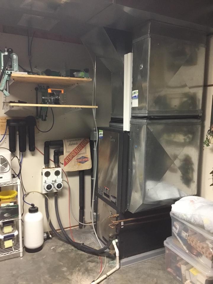Mitchellville, IA - ClimateMaster geothermal heat pump repair