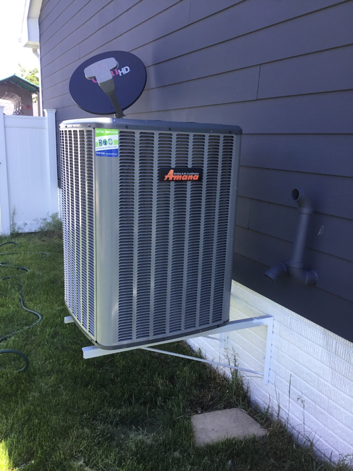 Bondurant, IA - Amana air conditioner maintenance no repair