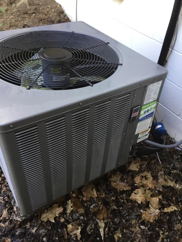 Newton, IA - Ruud air conditioner maintenance no repair
