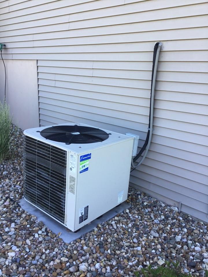State Center, IA - Lennox air conditioner maintenance repair