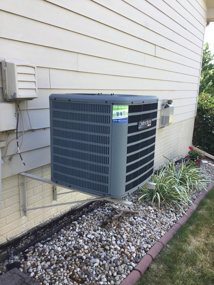 Altoona, IA - Amana air conditioner maintenance repair
