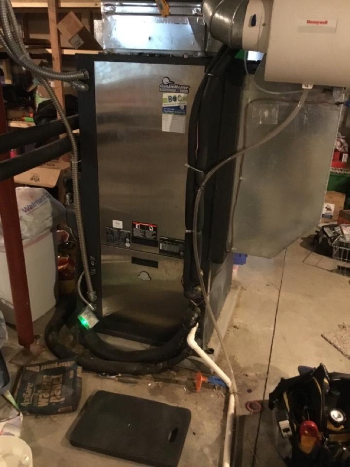 Prairie City, IA - ClimateMaster geothermal heat pump repair