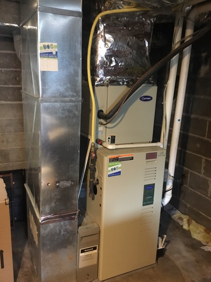 Grinnell, IA - Carrier air conditioner repair