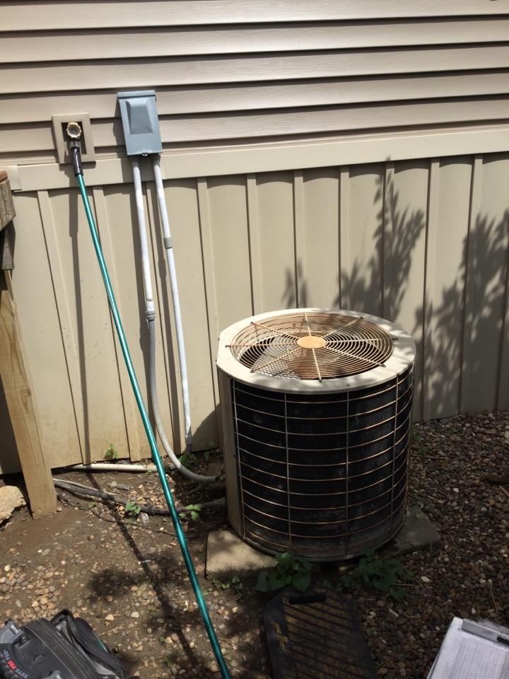 Newton, IA - Coleman air conditioner repair
