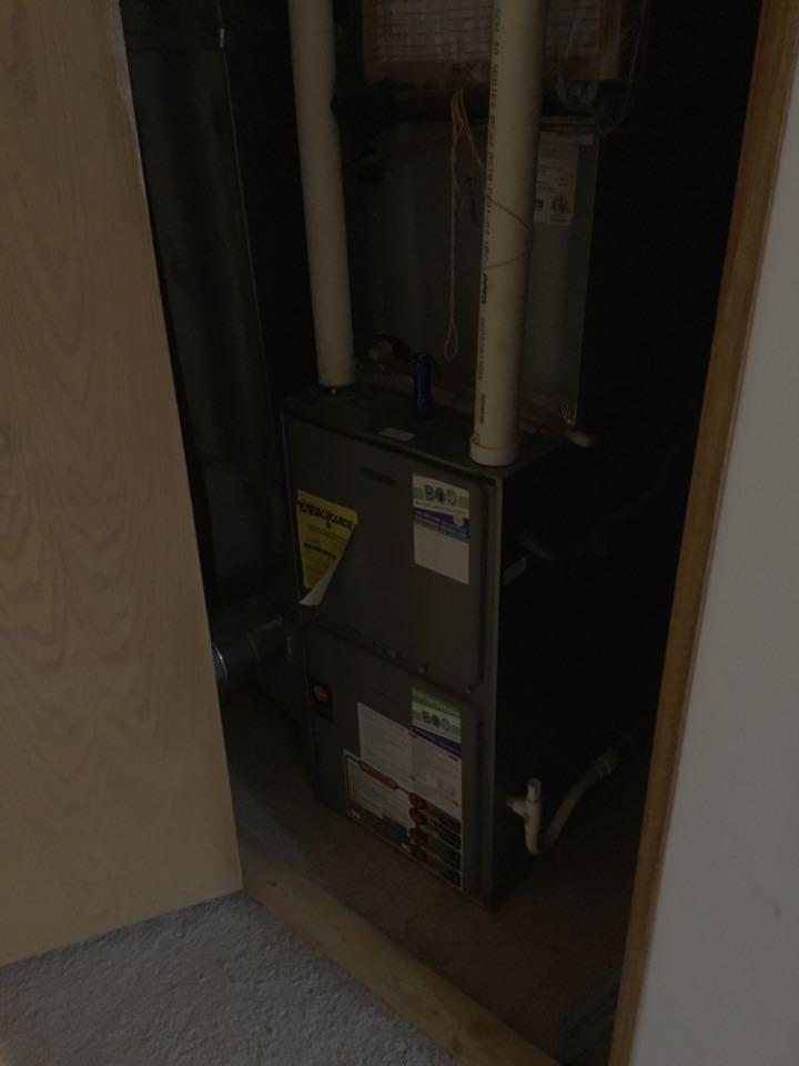 Mitchellville, IA - Rheem furnace maintenance repair