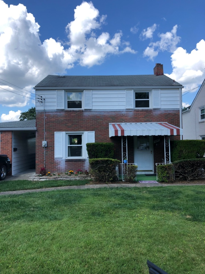 Homestead, PA - Estimate for new roof and gutters
