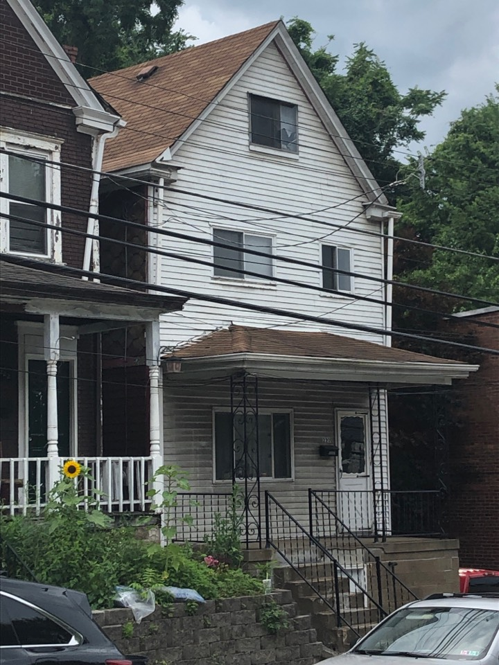 Pittsburgh, PA - This customer is interested in a new roof and new gutters