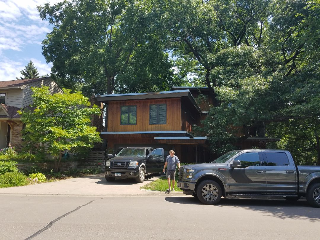 Minneapolis, MN - doing a flat roof estimate. EPDM rubber roof with all custom made metal flashing.