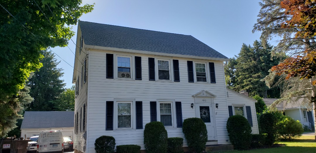 Middletown, CT - GAF Timberline HD shingle installation