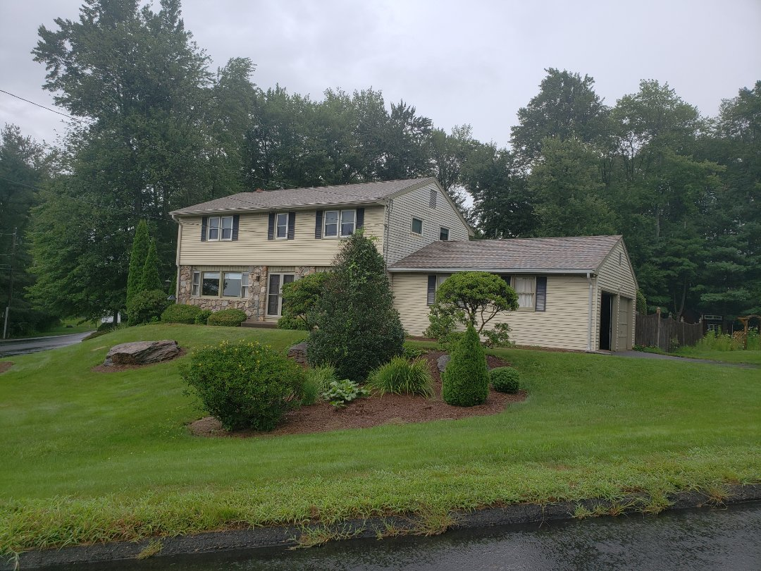 Vernon, CT - New CertainTeed Landmark Pro Lifetime roof installed for another happy Harmony Home Improvement customer.