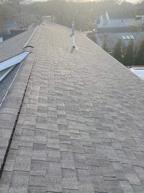 Rehoboth Beach, DE - New Installation in Rehoboth of a CertainTeed Landmark Shingle Roof! 