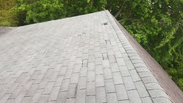Ocean City, MD - Today we preformed a free roof inspection and found wind damage to old brittle shingles. Our team is helping the homeowner through the insurance claim process to get a full replacement!