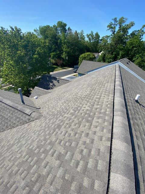 Ocean View, DE - Here is a brand new GAF Timberline HDZ Shingle roof we installed. The homeowner called in for a new roof and we were able to get her Roof Replacement done quickly