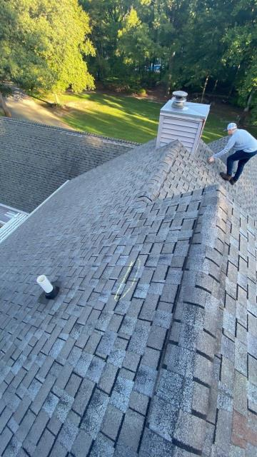 Georgetown, DE - Today we preformed a free inspection on this 20 year old roof. This roof had a variety of problem areas and wind damages to the shingles. We are in the process of helping this homeowner through their insurance claim!