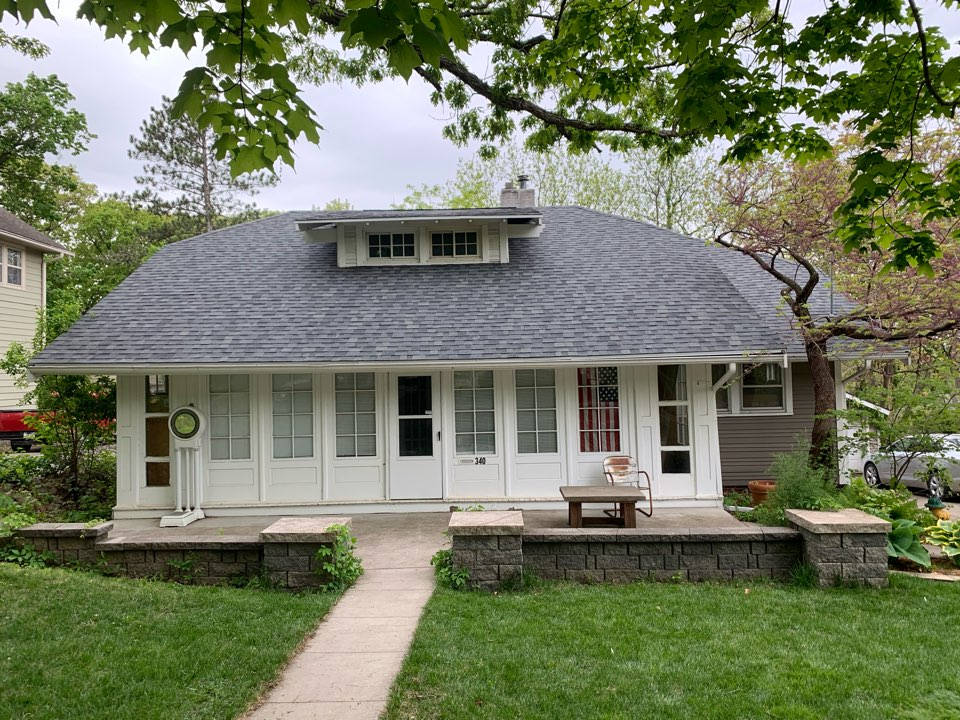 Des Moines, IA - New roof replacement in Des Moines, Iowa! Free roofing estimates and Roofing inspections!