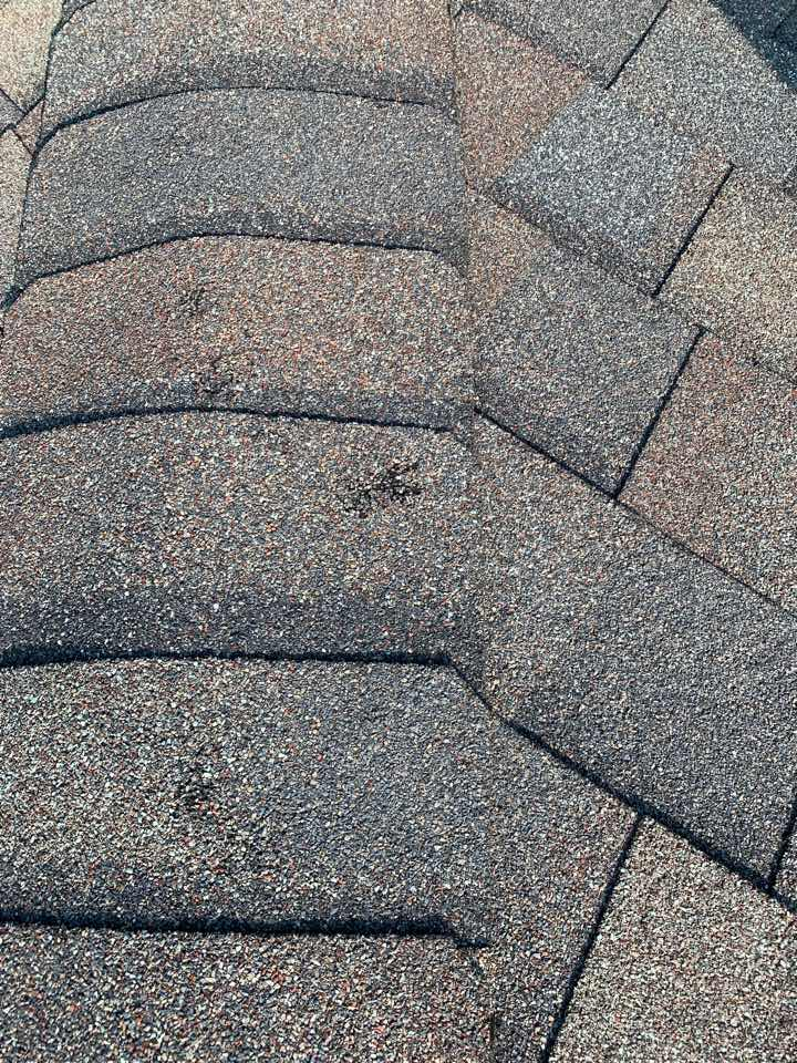 Grimes, IA - Hail damage roof inspection in grimes, Iowa! Free roof estimates and free hail damage roof inspections!