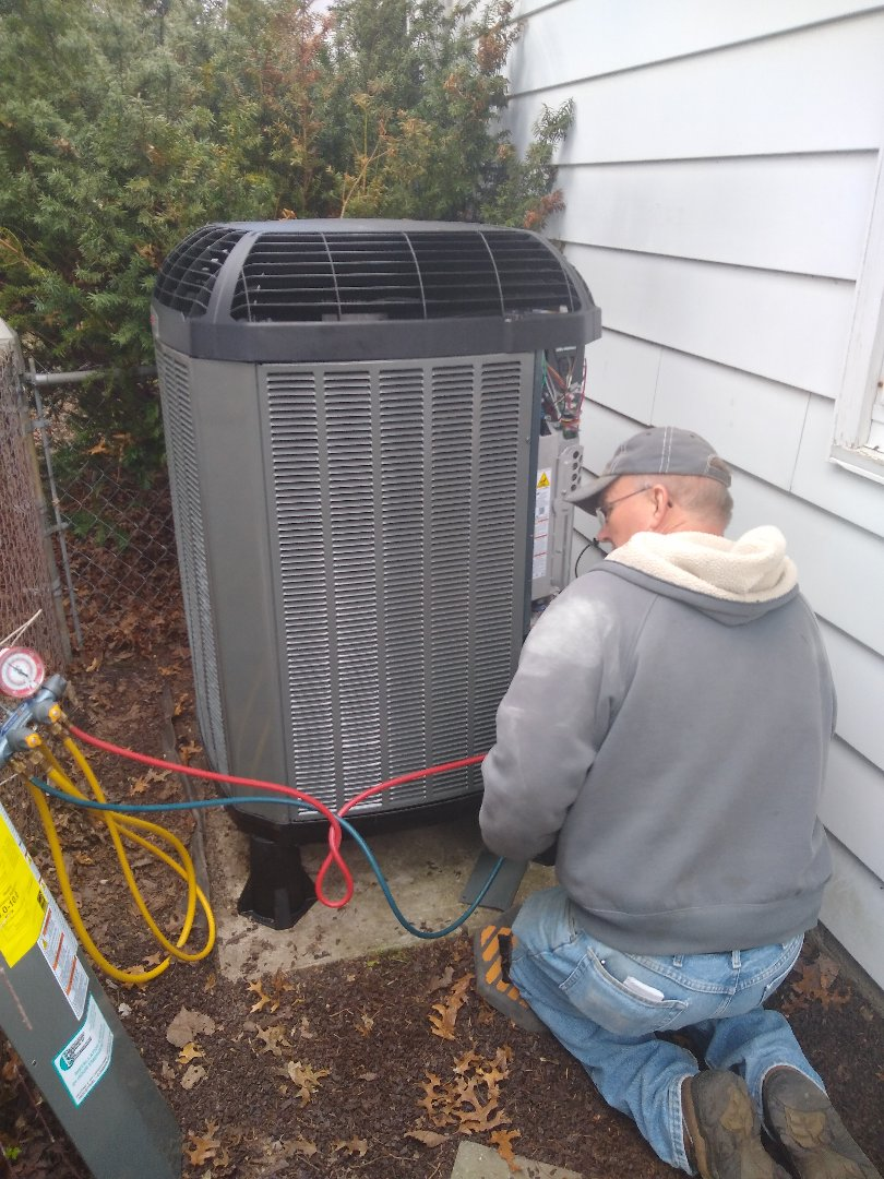 New Haven, IN - Installing new trane xv20 variable speed heat pump