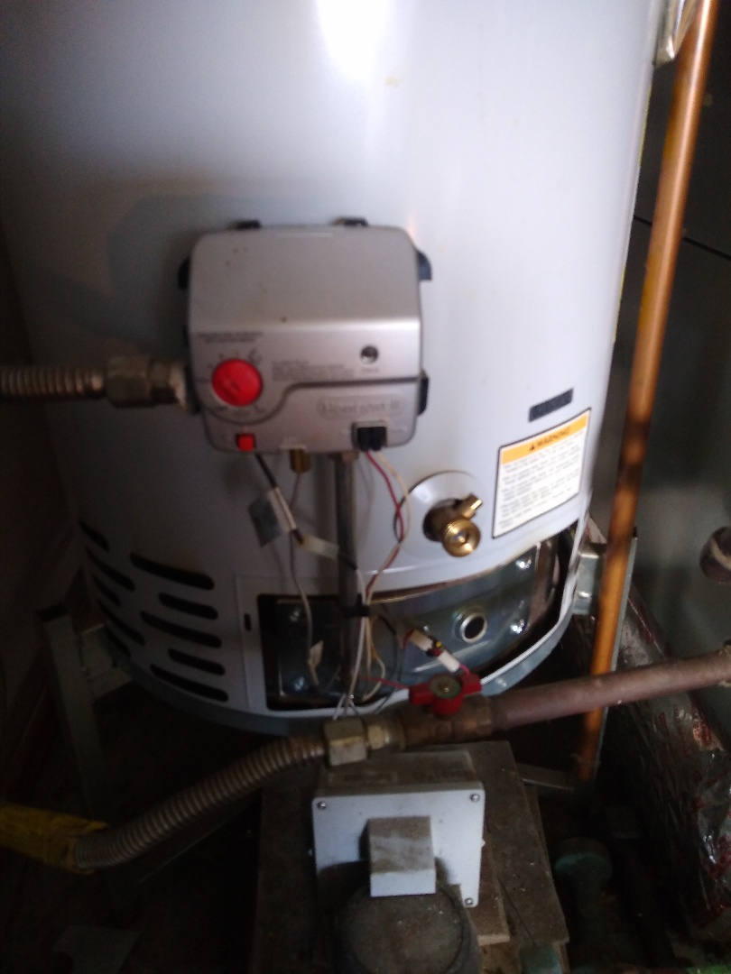 Fort Wayne, IN - Cleaned burner and restore hot water for bradford white water heater