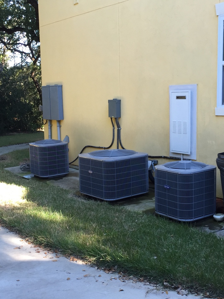 New Braunfels, TX - Home Ac service on Lennox air conditioning units.