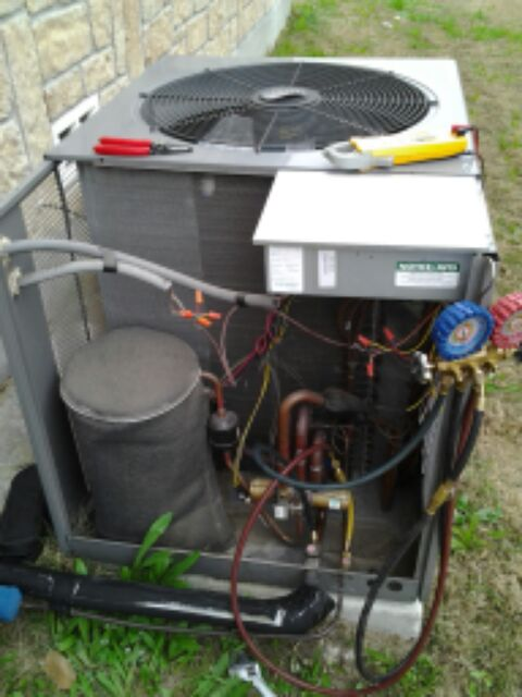 Schertz, TX - a/c & heating check.