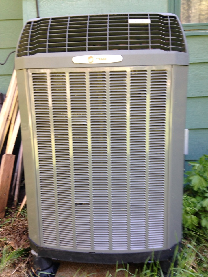 Sagle, ID - Preventive Maintenance on a Trane XL15i Heat Pump, Air Conditioner Mode. In Sagle, ID.