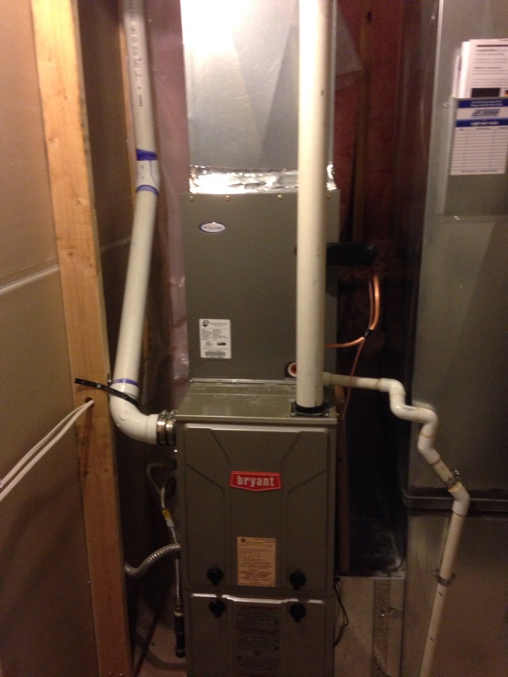 Colbert, WA - Installing a new Lennox air conditioning unit