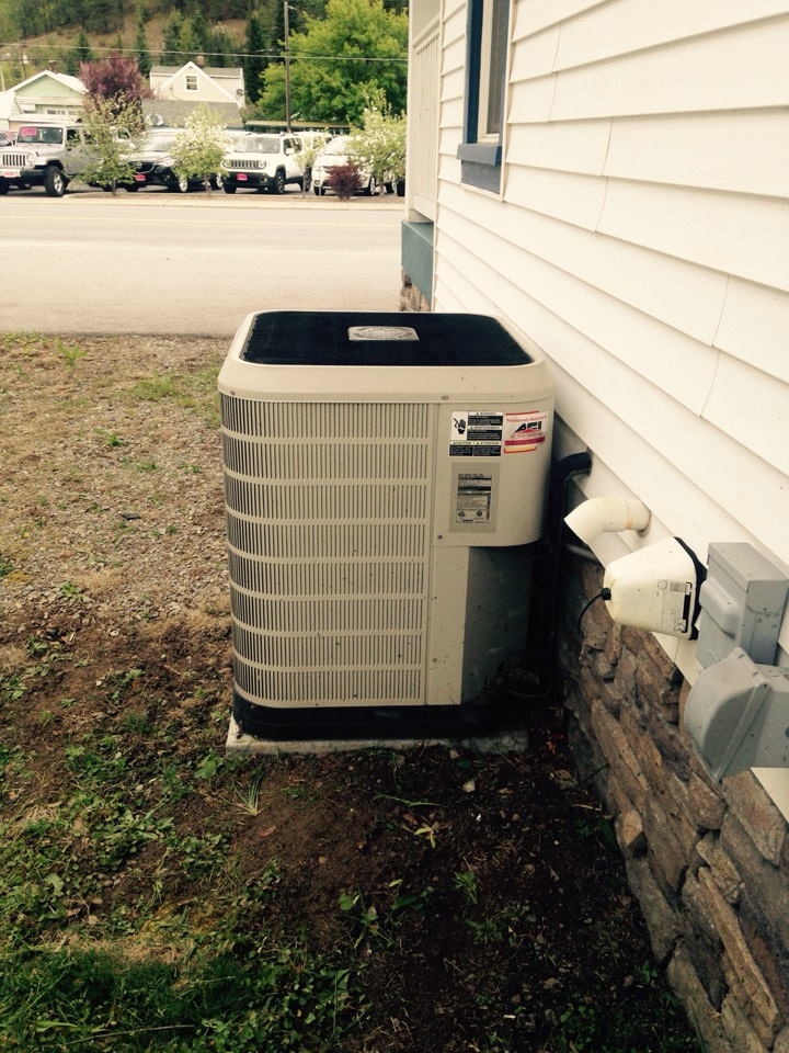 Kellogg, ID - Servicing Nordyne furnace and air conditioner