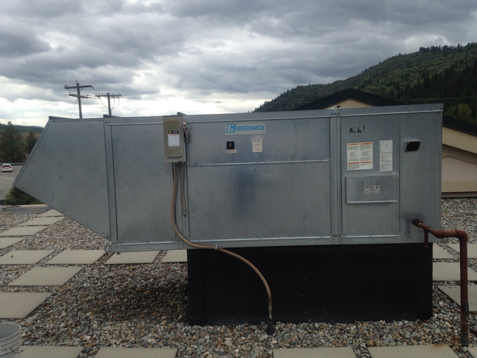 Kellogg, ID - Performing maintenance on greenheck make up air unit