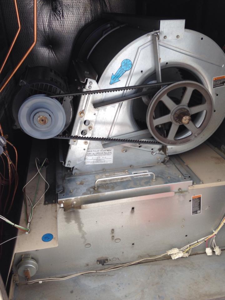 Spokane Valley, WA - replacing pulleys on a Lennox RTU