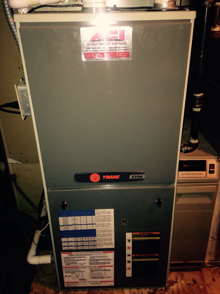 Valleyford, WA - Performing maintenance on Trane furnace and Hestpump