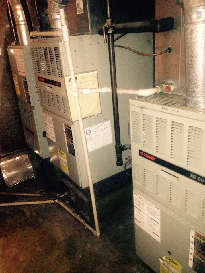 Spokane, WA - Performing maintenance on Trane equipment