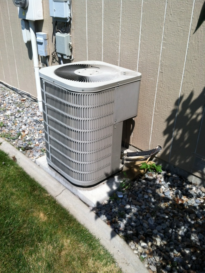 Liberty Lake, WA - Condensing unit compressor windings shorted