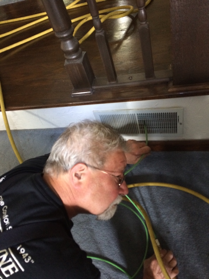 Baden, PA - Duct cleaning homer nine