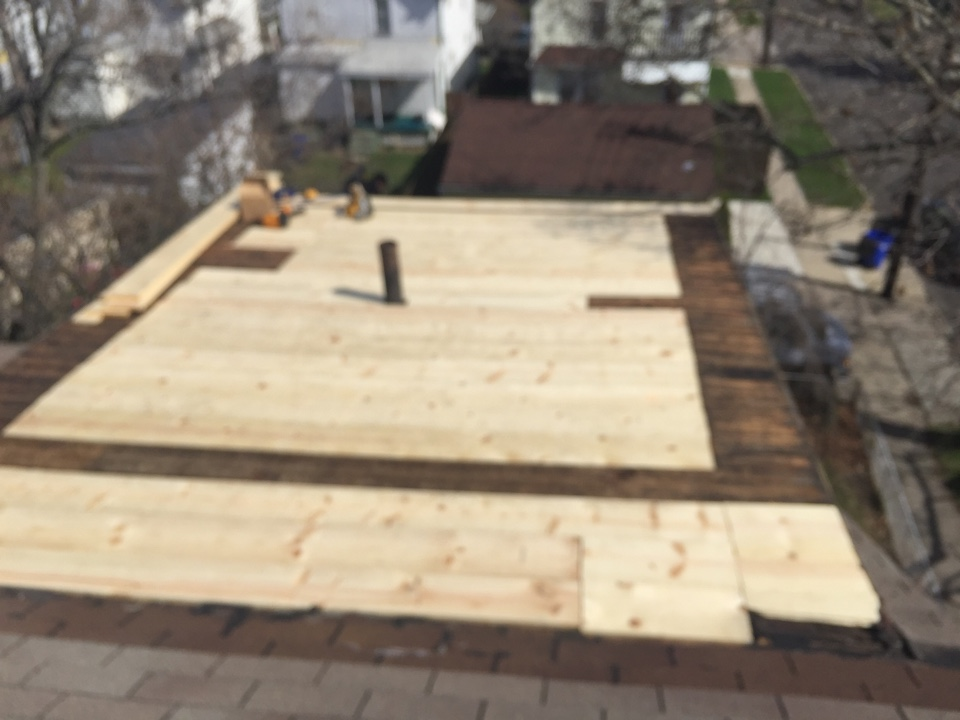 Cleveland, OH - Replace your flat roof before the decking gets rotted!  Install a new GAF liberty flat roof system with Westside Roofing company !