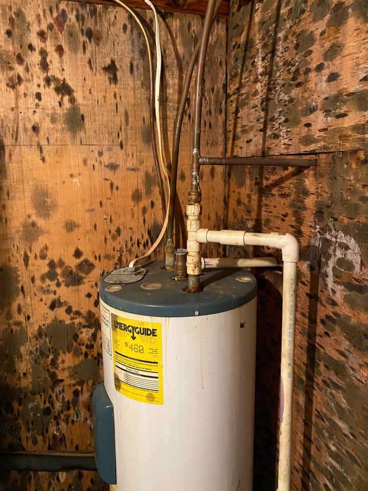 Wetumpka, AL - Protek assisting with mold remediation!