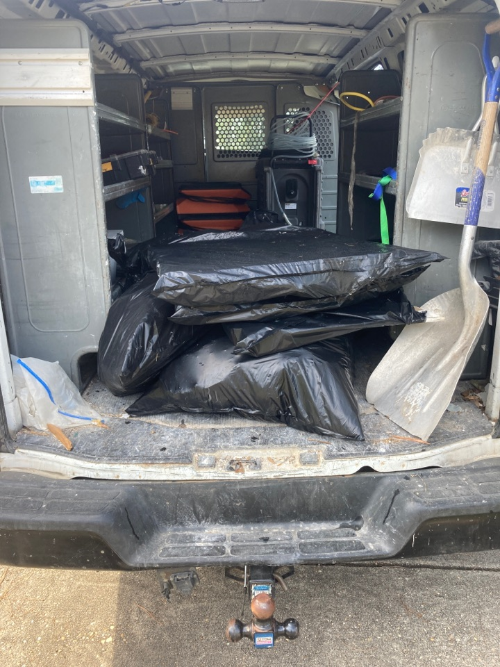 Tallassee, AL - Protek picking up equipment and debris from a water mitigation for a satisfied customer in Tallassee.