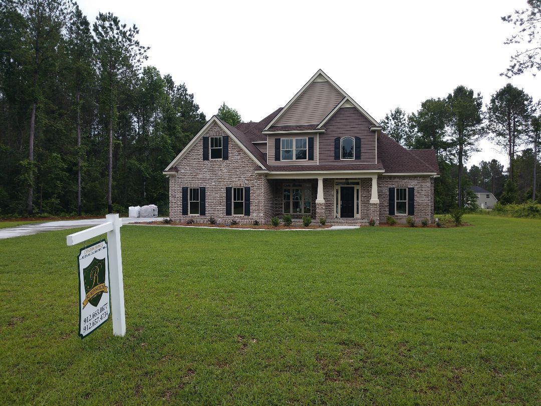 Richmond Hill, GA - New residential roof- Architectural shingle.