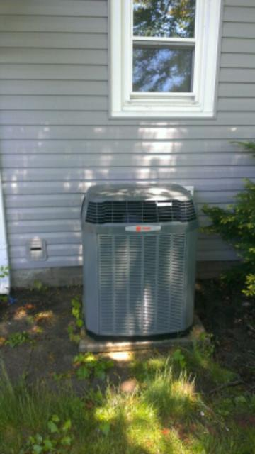 Somers, WI - Spring tune up and maintenance on 9 year old Trane central air. Working great. Also changed media air filter