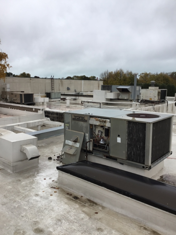 Kenosha, WI - Rooftop unit heating repair
