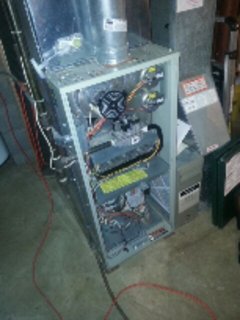 Cudahy, WI - Trane mid efficient Model TUD furnace maintenance check up. All mechanicals in working order.