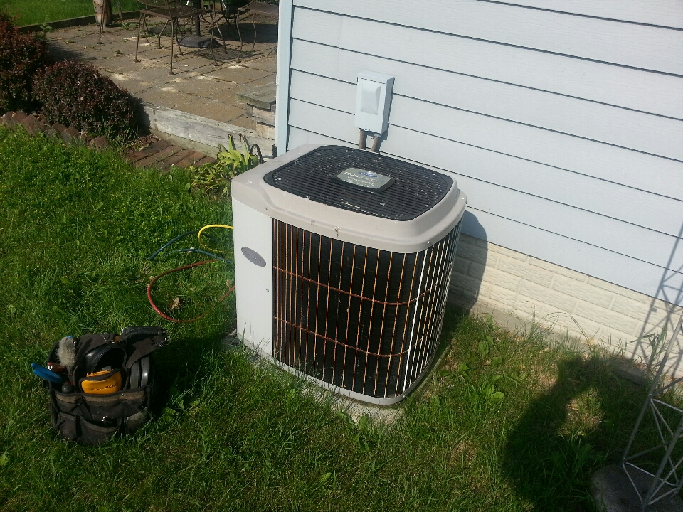 Franksville, WI - 16 yr old carrier Air conditioner tune up check filter filter is OK refrigerant level okay all mechanicals in good working order at this time