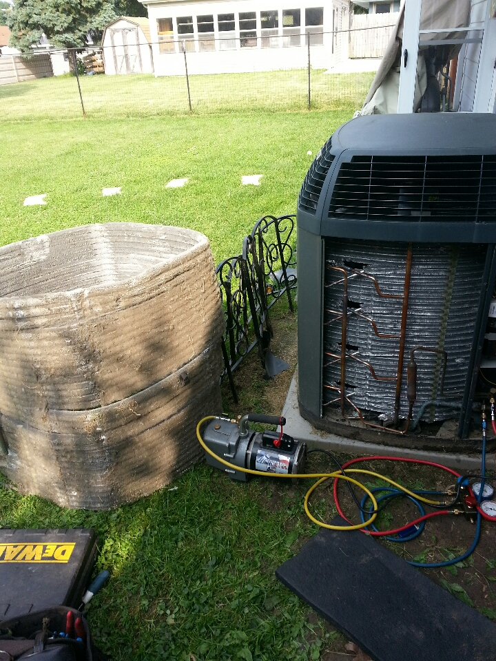 South Milwaukee, WI - Replaced leaking  condenser coil on Trane XL15i. Recharge unit with Puron R-410A . Ac now cooling efficiently.