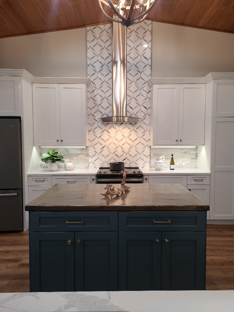 Stuart, FL - Capturing the finished product of this amazing blue and white kitchen! Look at this backslash!!!