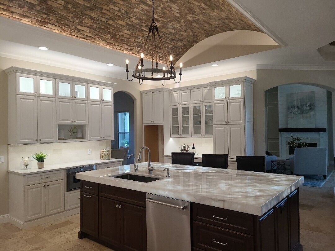 Stuart, FL - Completed kitchen remodel with illuminated island counter top!