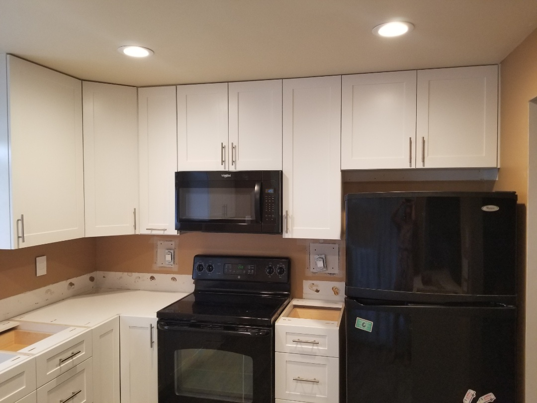 Palm City, FL - Palm City kitchen cabinets are IN &  electric has been done! Now were just waiting on the tops to finish up! You go DreamMaker Team!